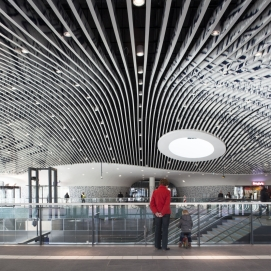 Train station hall